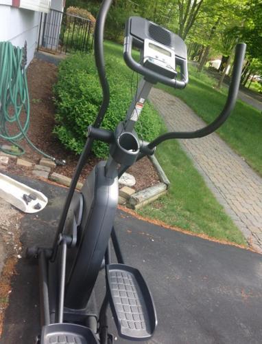 pro form elliptical machine