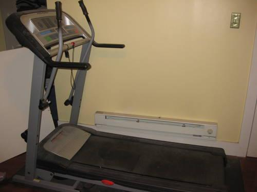 programmable v-fit motorised treadmill folding tr99i