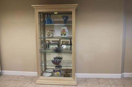 Curio Cabinet For Sale In Alabama Classifieds U0026 Buy And Sell In Alabama    Americanlisted