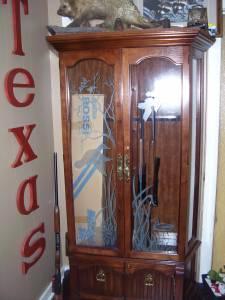 Pulaski Gun Cabinet - (Atlanta Tx.) for Sale in Texarkana, Texas ...