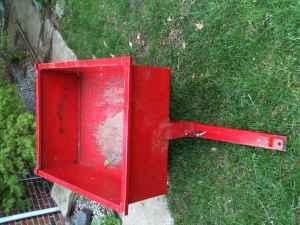 Pull behind lawn mower dump trailer - $30 (Cottonwood)