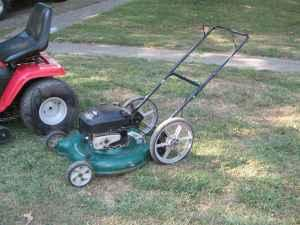 PUSH MOWER - $75 (ILLIOPOLIS, IL)