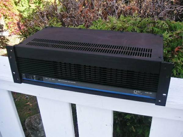 QSC 1200 POWER AMP for Churches, Studios, Clubs, Bands  MORE