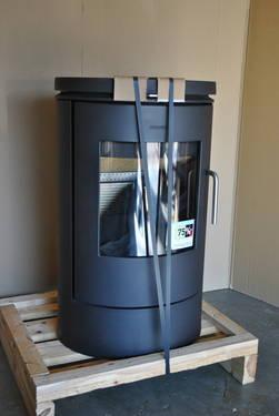 Quality Contemporary Wood Stove/Fireplace New &