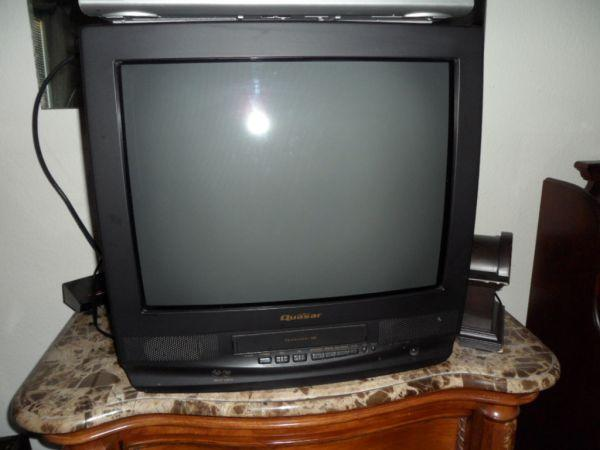 Quasar 20 TV with built in VCR - $20 fresno