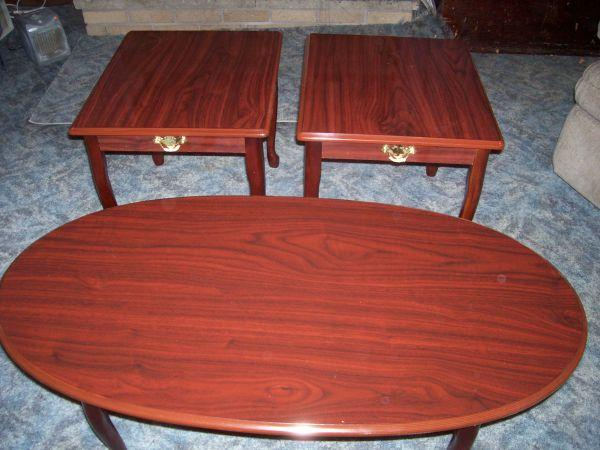 Queen ann style coffee table and 2 end tables rochester for Affordable furniture greece ny