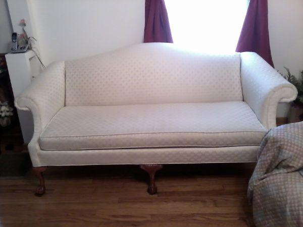 Queen Anne Sofa Amp Matching Chair Quicksburg Va For