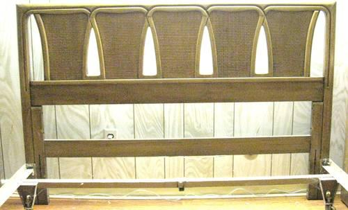 QUEEN BED WOOD HEADBOARD IRON METAL FRAME ANTIQUE VINTAGE Mid Century