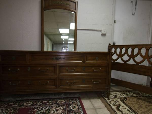 queen full bedroom set 3 pc wood dresser mirror headboard