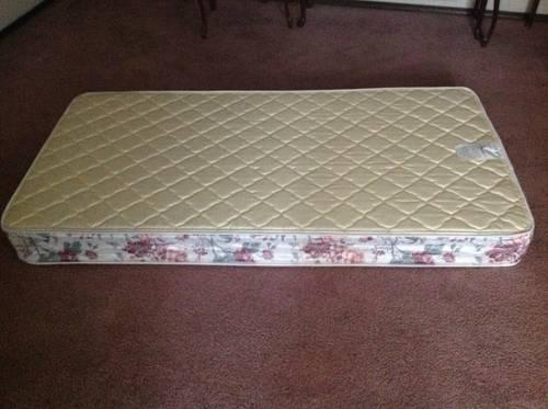 "Queen ""Spring Air"" Classic Concerto Firm Mattress"