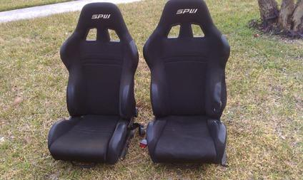 RACE CAR SEATS Set Of 2 SPW Black With Brackets