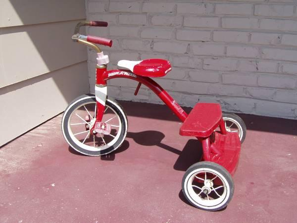 Radio Flyer Classic Red Tricycle Trike - $20