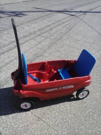radio flyer wagon with flip up seats for sale in erie