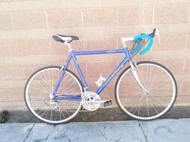 Raleigh R600 Road Bike 58cm 27sp. Triple