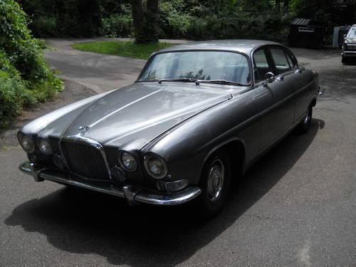 RARE 1966 JAGUAR MARK X (10) 420.SIlver/grey 4door ...
