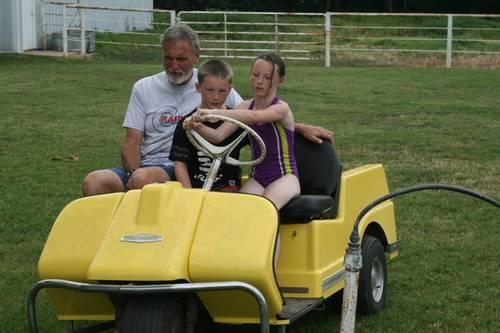 Harley Davidson Three Wheel Golf Cart Lifted on vintage 3 wheel golf carts, harley-davidson golf cart tires, harley-davidson 3 wheeler kit, harley-davidson golf cart repair, 3 wheel gas golf carts, gas harley-davidson golf carts,
