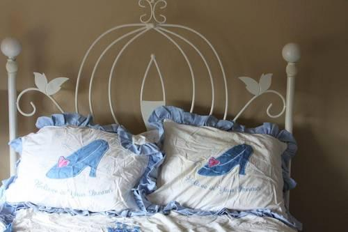 Rare Amp Retired Cinderella Coach Bed Full Size Bed Set