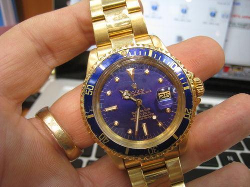 Rare Vintage Rolex Submariner 1680 18k Gold For Sale In