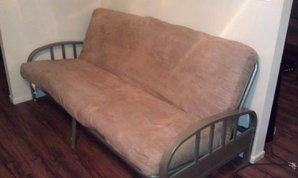 Rarely Used Futon 150 Amarillo