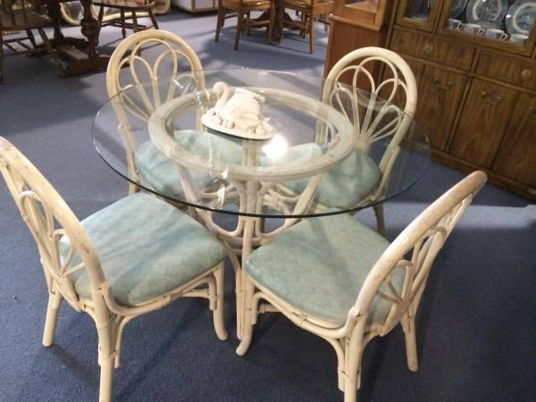 Rattan Kitchen Or Patio Table With 4 Chairs For Sale In