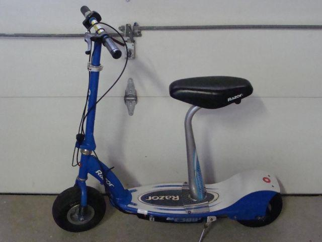 Razor Electric Scooter With Seat >> Razor E300 Electric Scooter With Seat