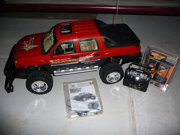 Chevy Volt Charger >> RC Chevy Avalanche-1/6 scale!!! - for Sale in Sierra Vista ...