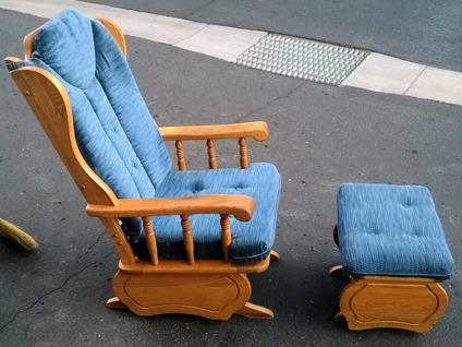 Real Wood Solid Wood Glider Rocker With Matching Ottoman