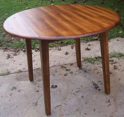 Real Wood Table Round With Folding Sides 42inches   $60