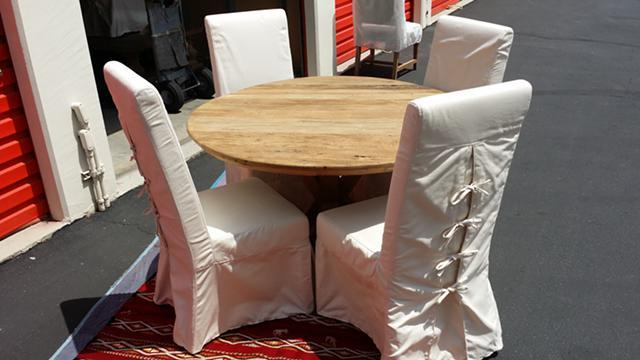 "Reclaimed Elm Wood...48 "" Round Dinette Table With Four"