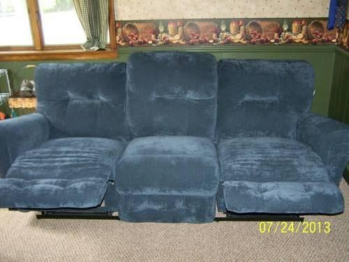 La Z Boy Recliner For Sale In Michigan Classifieds U0026 Buy And Sell In  Michigan   Americanlisted