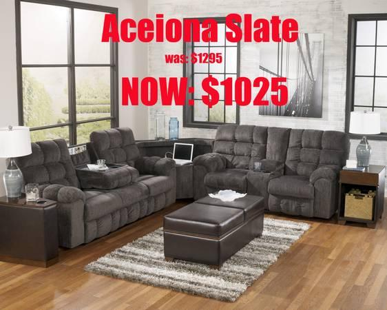 Reclining Sofa Set Marked Down Again Ez Finance Deliv Available For Sale In Aberdeen