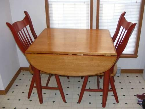 Red Kitchen Table And 4 Chairs For Sale In Desloge, Missouri