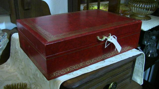 Red Mele Jewelry Box