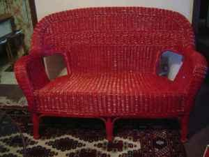 Red wicker loveseat zanesville for sale in zanesville for Furniture zanesville ohio