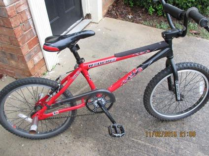 RedLine MX20 BMX Racing Bike (2010)