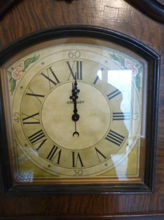 Reduced 1931 Crosley Grandfather Clock Radio Model 124
