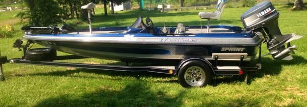 Skeeter Bass Boats For Sale >> reduced SPRINT BASS BOAT - for Sale in Bastrop, Louisiana Classified | AmericanListed.com
