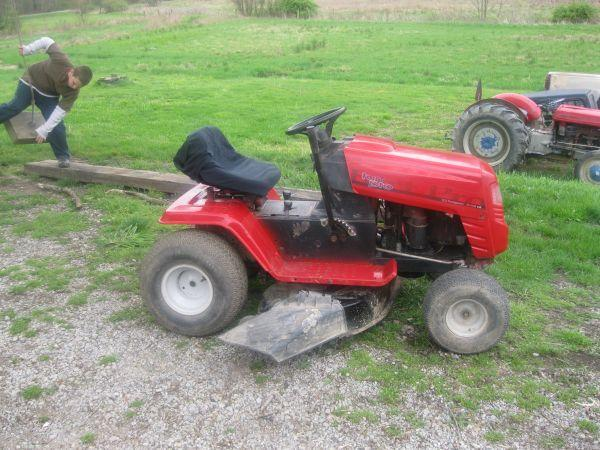 Reduced Price For Quick Sale Mtd Turf Pro Lawn Tractor 12