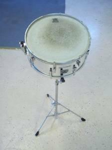 remo pts quadura snare drum with stand case for sale in east lawrencevle pennsylvania. Black Bedroom Furniture Sets. Home Design Ideas