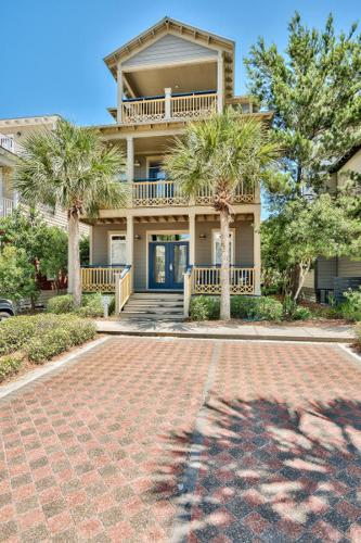 RENTAL READY IN POPULAR BEACH COMMUNITY