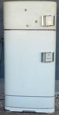 RETRO 1950 Fully Functional GE HotPoint Refrigerator/Icebox
