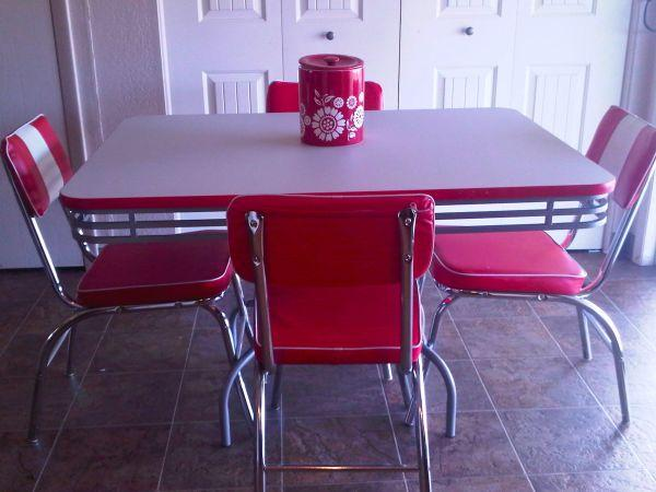 Retro 1950 Table And Chairs Meridian For Sale In Boise