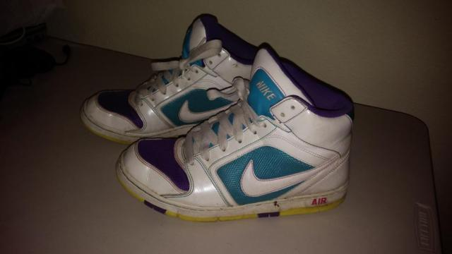 Retro-style Nike Air high top sneakers, size 9.5