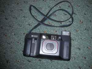 Rich 35mm and samsung 35mm camera - $30 (florence ky)