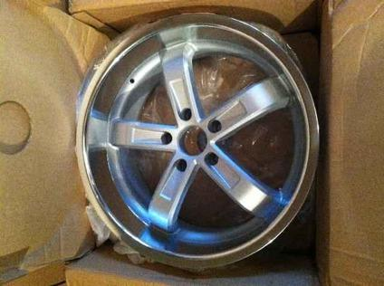RIMS, BMW Beyern 5 spoke 19 inch rims, Two rear 19x9.5