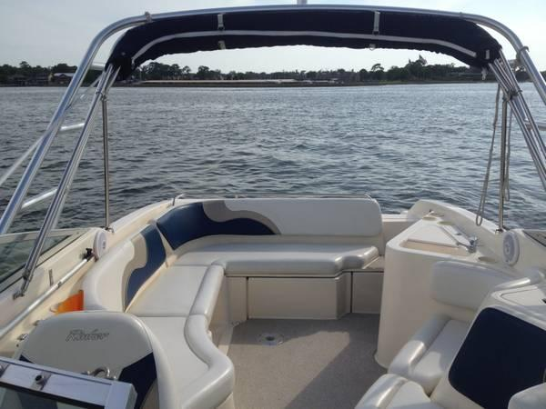 Rinker Captiva Millenium Edition 272 Bowrider For Sale