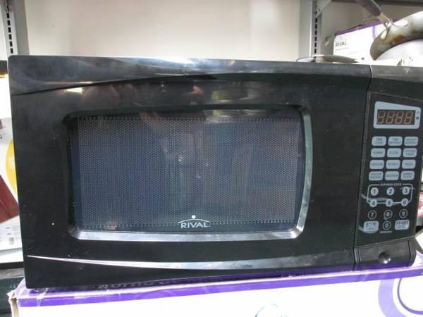Rival 0 7 Cu Ft Digital Microwave Oven Black For Sale