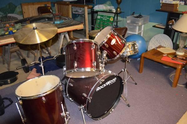 rockwood 5 piece drum set for sale in phoenixville pennsylvania classified. Black Bedroom Furniture Sets. Home Design Ideas
