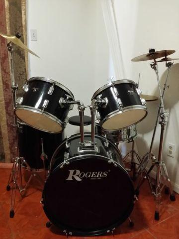 ROGERS DRUM SET. HIGHLY RESPECTED BRAND.