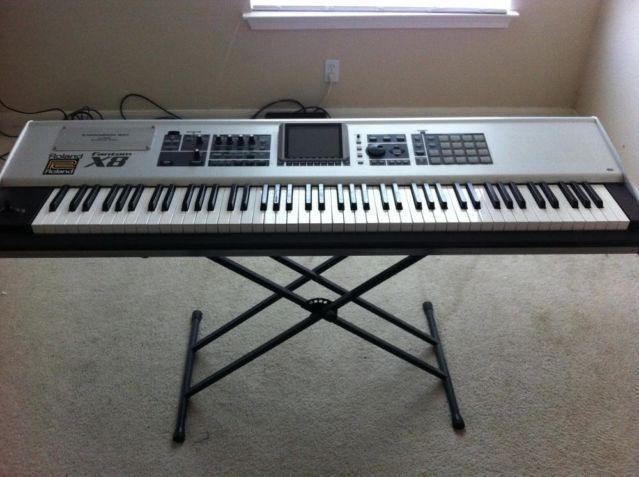 roland fantom x8 88 keys workstation synthesizer keyboard with moni for sale in pflugerville. Black Bedroom Furniture Sets. Home Design Ideas